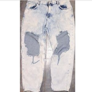 h&m heavily distressed jeans